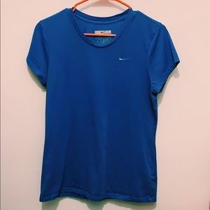 Women's NIKE short sleeve tee